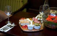 Food at The Globe, Topsham Pubs And Restaurants, Pub Food, Fine Wine, B & B, Ale, Fresh, Drink, Cooking, Kitchen