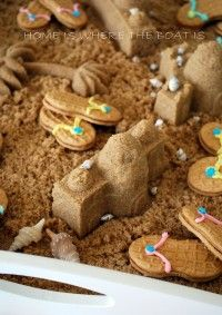 sand castles out of brown sugar, flip flops from nutterbutters.for a beach themed party Beach Treats, Castle Party, Mermaid Party Favors, Beach Cakes, Little Mermaid Parties, Party Dishes, Tropical Party, Appetizers For Party, Nutter Butter