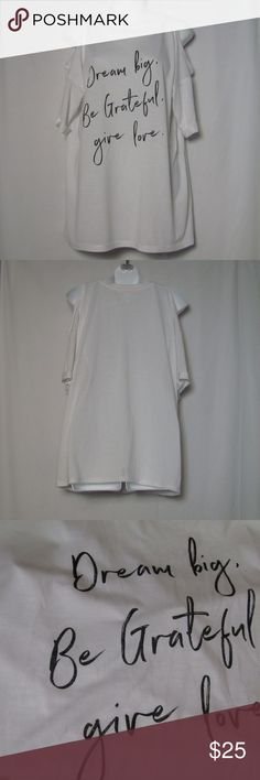 URBAN HERITAGE Off Shoulder Top Affirmation Large URBAN HERITAGE Off Shoulder white Affirmation top. Dream big, Be grateful, give love. Size large.  Bust 41 ins Hem/Hip 41.5 ins Length 26 ins  Condition: This shirt is in excellent condition. No flaws noted. Urban Heritage Tops Tees - Short Sleeve