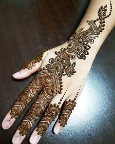 hena art Hijab 3 simple hijab style with niqab Indian Henna Designs, Latest Arabic Mehndi Designs, Henna Hand Designs, Stylish Mehndi Designs, Mehndi Designs 2018, Mehndi Designs For Girls, Beautiful Henna Designs, Henna Tattoo Designs, Mehandi Designs