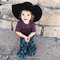Cowboy Outfits, Hippie Outfits, Country Outfits, Baby Girl Items, Cute Baby Girl, Cute Babies, Western Babies, Western Baby Clothes, Country Babies