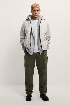 ΚΑΠΙΤΟΝΕ ΓΙΛΕΚΟ ΜΕ ΚΟΥΚΟΥΛΑ | ZARA Greece / Ελλαδα Zara, Rain Jacket, Bomber Jacket, High Collar, Hoods, Windbreaker, Raincoat, Vest, Mens Fashion