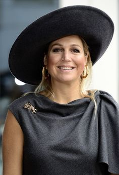 "koningspaar:  Queen Maxima opens the new ""FrieslandCampina Innovation Centre"" in Wageningen - October 16, 2013."