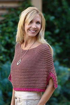 Ravelry: Monterey Poncho pattern by Ellen Gormley; 515 yds of bulky wt yarn; $7.95 for pattern