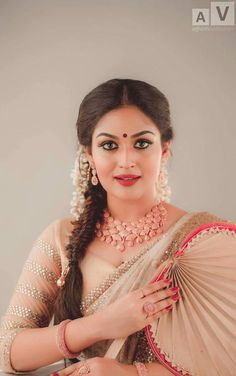Page and Hot actresses Pics n Vids (glamour) Most Beautiful Indian Actress, Beautiful Actresses, Most Beautiful Women, Hot Actresses, Indian Actresses, Prayaga Martin, Indian Eyes, Indian Beauty Saree, Indian Sarees