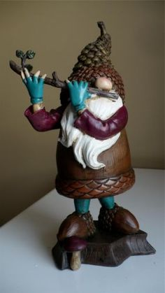 11.8 IN.musical GARDEN GNOME plays FLUTE acorn shape statue lawn ORNAMENT
