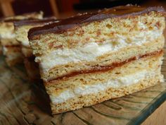 Mézes krémes Hungarian Desserts, Hungarian Cake, Hungarian Recipes, Hungarian Food, No Bake Cake, Vanilla Cake, Nutella, French Toast, Deserts