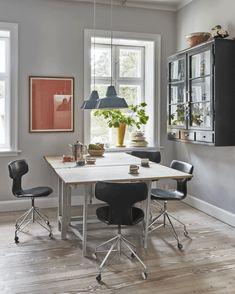 Dining Room Office, Office Desk, Candels, Scandinavian Home, Pantone, Corner Desk, Dining Table, Indoor, Colours