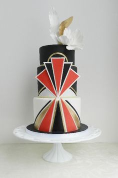Art deco cake?  My life is complete.  http://www.cakewhisperer.ca