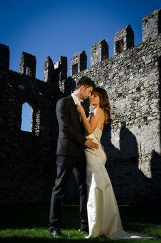 Gli Sposi dentro le mura del Castello di Rezzonico.