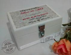 Cofre Sapato da Noiva. www.elo7.com.br/jupiartes