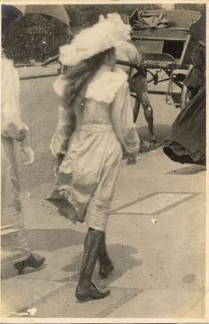 Probably too old fashioned, but maybe Lillian. Antique Photos, Vintage Pictures, Vintage Photographs, Old Pictures, Old Photos, Edwardian Era, Edwardian Fashion, Vintage Fashion, Victorian