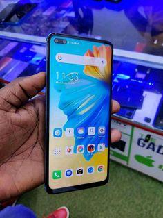 Latest Smartphones, Phone Cases, Display, Iphone, Floor Space, Billboard, Phone Case