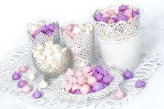 Suspiros Cupcakes, Jar, Cookies, Decor, Candy Stations, Pastries, Crack Crackers, Decoration, Decorating