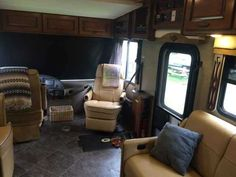 2014 Used Fleetwood Excursion 33D Class A in Texas TX.Recreational Vehicle, rv, 2014 Fleetwood Excursion 33D, 2014 Fleetwood Excursion 33D - 9,650 miles. Transferrable third party service contract included. Cummins turbo diesel. Allison transmission. 6kW Onan Quiet diesel generator with auto start. 50-amp service w/LED power cord indicators. Hydraulic 4-point automatic levelers. Power patio awning with wind sensor retract. Two slide-outs with awnings. Backup and mirror signal cameras. Dual…
