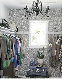 JOANA'S CREATIVE NOTES: I´m turning a spare bedroom into a closet, here are some ideas!!
