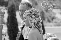 Father and Bride - Are you or someone you know getting married in Ohio, check out Cindy's Photography for an experienced and affordable wedding photographer. www.cindysportraits.com