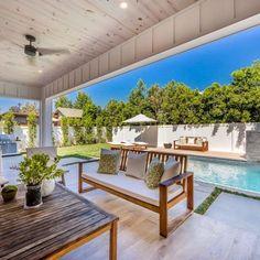 bella-thorne-buys-sherman-oaks-patio-768x512.jpg