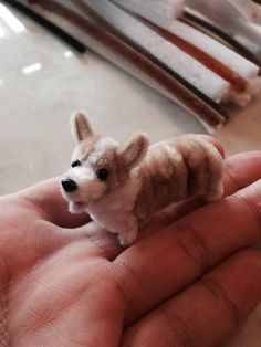Pipe cleaner Welsh Corgi.Pipe cleaner artist,Atsushi Kitanaka.