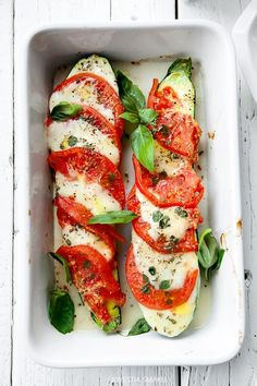 We all Love Food, Take a look at these delicious foods like burgers, salads and even Pizzas. Vegetable Recipes, Vegetarian Recipes, Cooking Recipes, Healthy Recipes, Healthy Snacks, Healthy Eating, Good Food, Yummy Food, Vegetable Side Dishes