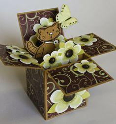 Marjoleine's blog: 'Card in a box' geïnspireerd op de cursus 'Kaarten en kado-envelopjes maken'