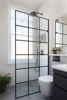 Wondering how to make your small bathroom look spacious? Let's discover small bathroom decor ideas and maximize every inch of your bathroom space. Industrial Bathroom Design, Compact Bathroom, Small Bathroom Decor, Industrial Bathroom, Small Shower Room, Bathroom Shower, Compact Shower Room, Bathroom Inspiration, Small Bathroom Makeover