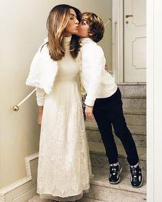 Prontos pra virada!  Pq mesmo no frio congelante  a gente dá um jeito de vestir branco né?!  #superstição #vem2017 #happynewyear #bestwishes