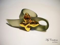 caoutchouk ring (golden butterfly)