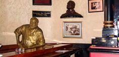 Hemingway statue in El Floridita Restaurant Bar, Havana, Cuba