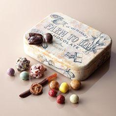フルーツディップ&チョコレートボールアソート トレジャーマップ缶 Decadent Chocolate, Chocolate Box, Chocolate Lovers, Cake Packaging, Sweet Box, Confectionery, Food Design, No Cook Meals, Street Food