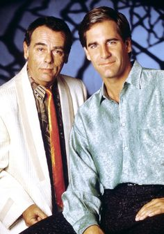 Quantum Leap (1989 - 1993) Scott Bakula and Dean Stockwell starred in this loveable mix of comedy, drama and sci-fi