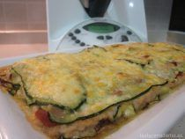 Lasaña de calabacín con Thermomix Thermomix Desserts, Empanadas, Zucchini, Food To Make, Curry, Dinner Recipes, Food And Drink, Tasty, Vegetables