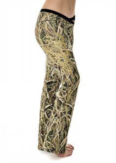 Girls With Guns Clothing Lounge Pants - Mossy Oak Blades®