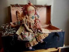 Primitive RaGGeDy ANN DoLL with her DoLLy and AnTiQuE QuiLT dolly BLaNkEt