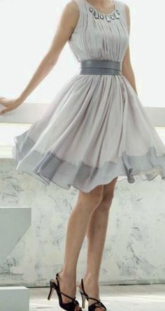 Women's fashion | Chic grey dress