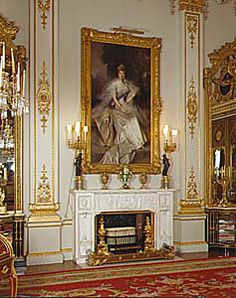 Buckingham Palace - the White Drawing Room