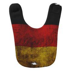 #Lätzchen  #Deutsche #Flagge - #Vintag designed by #pASob at #zazzle.de 15,95 € pro #Lätzchen