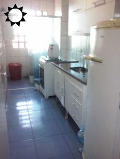 APTO - JD. CONCEIÇÃO - 02 dorms, sala c/ sacada, cozinha, wc, área de serviço e garagem p/ 1 auto. Valor de locação R$ 1.200,00 pacote.
