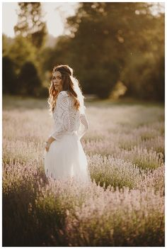 Spring has sprung!  And so has wedding season!  Get inspired for your spring or summer wedding with this Lavender Field  Wedding Inspiration shoot!
