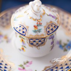 How gorgeous is this Mosaic and Flowers decor by Herend Porcelain Manufactury? Herend China, Mosaic Flowers, Tea Art, Dinner Sets, Fine Porcelain, Fine China, High Tea, Flower Decorations, Cup And Saucer