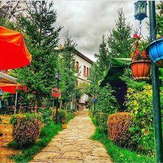 #Safranbolu'ya giderseniz Safir Konak'ta kalabilirsiniz. Bahçesi çok güzel, kahvaltısı nefis, odalar temiz ve rahat. Çalışanların güleryüzü ve kibarlığı ise takdire şayan 👍🏼👍🏼👍🏼 📞 0370-7127060 🌿 www.kucukoteller.com.tr/safir-konak?utm_content=buffercc65f&utm_medium=social&utm_source=pinterest.com&utm_campaign=buffer ✨ 2 kisi 190 tl'den itibaren.. #kucukoteller