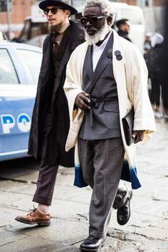 Firenze Pitti Uomo Fashion Week Men's Street Style Fall 2018 by Robert Purwin Japan Fashion, Daily Fashion, Mens Fashion, Street Style 2018, Autumn Street Style, Paper Dolls Clothing, Mens Attire, Japanese Street Fashion, Gentleman Style