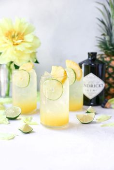 Pineapple Gin & Tonics Say hello to the EASIEST cocktail ever to unofficially kick off the summer season! I know summer doesn't officially start for a few more weeks, but Memorial Day always feels like the start fo… Best Gin Cocktails, Gin Cocktail Recipes, Easy Cocktails, Cocktail Drinks, Gin Drink Recipes, Liquor Drinks, Bourbon Drinks, Fancy Drinks, Mojito