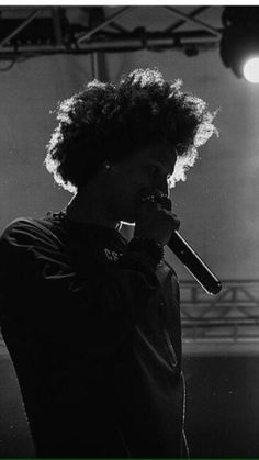 Black White Photos, Black And White, Twin Photos, Les Twins, Identical Twins, Twin Brothers, Larry, Emoji, Goats