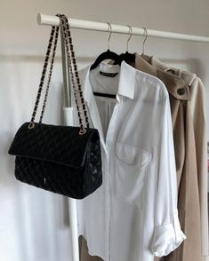 Storing Clothes, Ootd Fashion, Louis Vuitton Damier, Lifestyle, Outfit, Pattern, Instagram, Outfits, Patterns