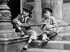 """They will never find another Oliver/Dodger combination to match this one! <3  Jack Wild, Mark Lester, """"Oliver!"""""""