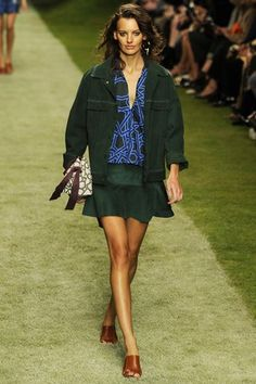 http://www.wwd.com/runway/spring-ready-to-wear-2014/review/topshop-unique?src=facebook
