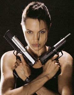 A gallery of Lara Croft: Tomb Raider publicity stills and other photos. Featuring Angelina Jolie, Daniel Craig, Simon West, Iain Glen and others. Lara Croft Angelina Jolie, Tomb Raider Angelina Jolie, Angelina Jolie Fotos, Angelina Jolie Movies, Tomb Raider Lara Croft, Brad Pitt, Laura Croft, Timothy Olyphant, Michael Bay