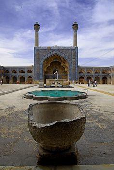 Pelo Mundo...  Pátio da Mesquita Sahn, Irã.