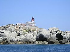 Vista de Lavezzo, la mayor de las islas Lavezzi, Bonifacio, Corcega, Francia